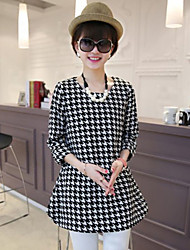 Round Neck Ruched Houndstooth Maternity Dress , Cotton / Elastic Mini ¾ Sleeve