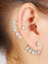 Earring Star Stud Earrings Jewelry Women Wedding / Party / Daily / Casual Alloy 1pc Gold / Silver