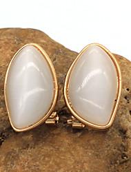 Women's Fashion White Stud Earring 1pair
