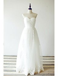 A-line Wedding Dress Floor-length Sweetheart Lace / Tulle with Criss-Cross / Embroidered