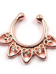 Body Piercing Jewellery Chic Nose Piercing Rhinestone Heart Fake Septum Nose Ring For Women
