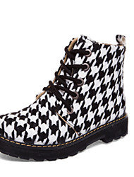 Women's Shoes Fabric Flat Heel Fashion Boots Boots Outdoor / Dress / Casual Black / White
