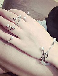 New Arrival Fashional Popular Pearl Rings A Set