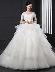 Ball Gown Wedding Dress Sweep / Brush Train Off-the-shoulder Organza with Appliques