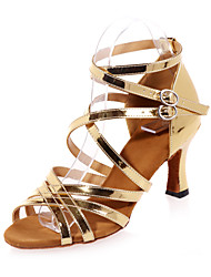 Non Customizable Women's Dance Shoes Leatherette Leatherette Latin Sandals Flared Heel Practice / Indoor / Performance Silver / Gold