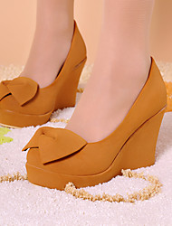 Women's Shoes Leatherette Wedge Heel Wedges / Heels Heels Outdoor / Office & Career / Casual Yellow / Almond / Beige