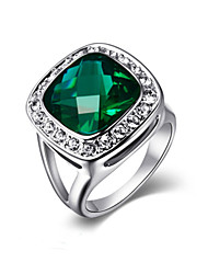 Classic 18k White Gold Plated Big Shape Emerald Green Crystal Cubic Zirconia Romantic Party Rings