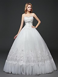 Ball Gown Wedding Dress Floor-length Sweetheart Tulle with Crystal / Embroidered