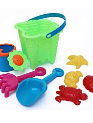 brinquedos 8-peças praia de areia definido com balde, panela de água, 2 ferramentas manuais e 4 modelos