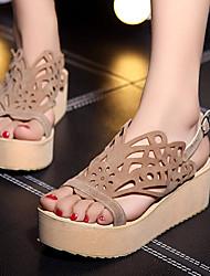 Zapatos de mujer-Plataforma-Cuñas / Tacones / Punta Abierta / Plataforma-Sandalias / Tacones-Exterior / Vestido / Casual-Semicuero-Negro