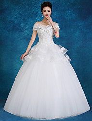 Ball Gown Wedding Dress Floor-length Bateau Lace / Tulle / Sequined with Beading / Pearl / Sequin