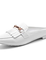 Zapatos de mujer-Tacón Bajo-Comfort-Mocasines-Oficina y Trabajo / Vestido / Casual-Semicuero-Negro / Blanco