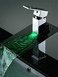 Contemporain Montage LED Cascade with  Soupape céramique Mitigeur un trou for  Chrome , Robinet lavabo