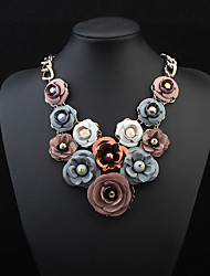 Fashion Exaggerated Flower Short Alloy Clavicle Necklace