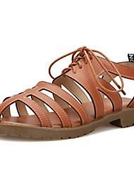 Zapatos de mujer-Tacón Bajo-Gladiador-Sandalias-Oficina y Trabajo / Vestido / Casual-Semicuero-Negro / Marrón / Blanco