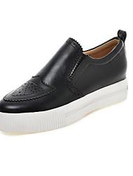 Zapatos de mujer-Plataforma-Plataforma / Punta Redonda-Mocasines-Casual-Semicuero-Negro / Blanco / Beige