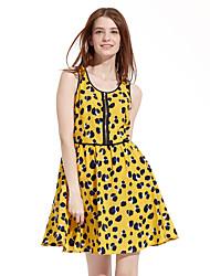 Meters/bonwe Women's Round Neck Sleeveless Knee-length Dress-233868