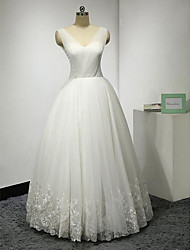A-line Wedding Dress Floor-length V-neck Lace / Tulle with Button / Criss-Cross / Lace / Sash / Ribbon / Appliques