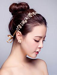 Handmade Pearl / Crystal Gold Plating Headpiece-Wedding / Special Occasion Flower Leaf Headbands 1 Piece