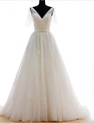 A-line Wedding Dress Vintage Inspired Sweep / Brush Train V-neck Tulle with Appliques