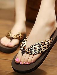 Damenschuhe-Flip-Flops-Lässig-Seide-Flacher Absatz-Flip - Flops / Vorne offener Schuh-Leopardenmuster