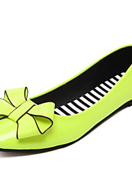 Women's Shoes PU Flat Heel Ballerina Flats Outdoor / Office & Career / Dress / Casual Black / Green / Red