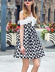 prase Frauen einfache polka dot Etuikleid, Rundhalsausschnitt über Knie Polyester