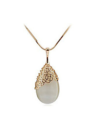 Necklace Pendant Necklaces Jewelry Wedding / Party / Daily / Casual Alloy / Opal Gold 1pc Gift
