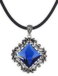 Exquisite Crystal Square Pendant Necklace Jewelry for Lady