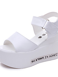 Women's Shoes Leatherette Summer Heels / Peep Toe Sandals Office & Career / Party & Evening / Casual Wedge Heel Beading