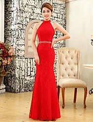 2017 Formal Evening Dress Trumpet / Mermaid Halter Floor-length Lace with Beading