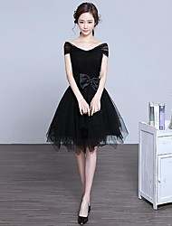 Cocktail Party Dress A-line Off-the-shoulder Knee-length Lace / Tulle with Bow(s) / Cascading Ruffles