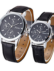 Couple's Fashion Leather Band Quartz Watch