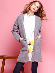 Damen Lang Strickjacke-Ausgehen Einfach Solide Grau V-Ausschnitt Langarm Polyester Winter Mittel