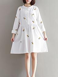 Mulheres Solto Vestido,Casual Moda de Rua Bordado Colarinho Chinês Acima do Joelho Manga Longa Branco Algodão / Linho Outono