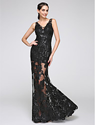 TS Couture® Formal Evening Dress Trumpet / Mermaid V-neck Floor-length Tulle with Appliques / Buttons