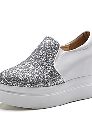 Women's Loafers & Slip-Ons Spring / Fall Wedges / Creepers / Round Toe PU Dress / Casual Wedge Heel Slip-on
