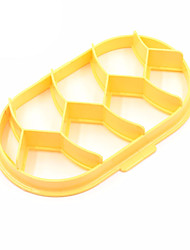Plastic Homemade Bread Rolls Mold ondant Cake Decorating Embossed Plastic Cookie Cutter Cutters Biscuit (Random Color)