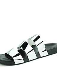 Men's Sandals Summer Styles PU Casual Flat Heel Others Black / Silver / Gray / Gold Water Shoes