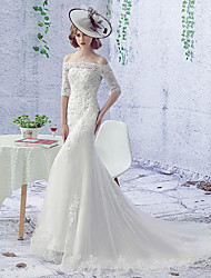 Trumpet / Mermaid Wedding Dress Court Train Bateau Lace / Tulle with Beading / Lace