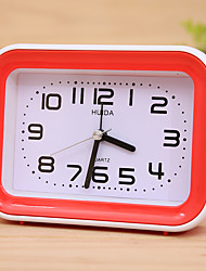 (Random color)Mute sweep seconds Rectangular fashion personality alarm clock