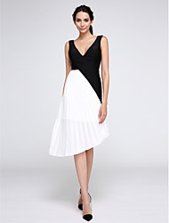 TS Couture Cocktail Party Prom Dress - Color Block A-line V-neck Knee-length Chiffon Jersey with Side Draping