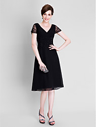 Lanting Bride® A-line Plus Size / Petite Mother of the Bride Dress - Little Black Dress Tea-length Short Sleeve Chiffon / Tulle with