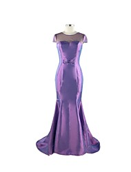 Trumpet / Mermaid Mother of the Bride Dress Court Train Lace / Taffeta / Tulle with Beading / Bow(s)