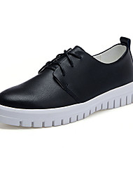Women's Flats Spring / Fall Comfort / Round Toe PU Athletic Flat Heel Lace-up Black / White Others