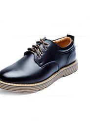 Men's FlatsComfort / Round Toe / Closed Toe Casual Flat Heel Lace-up Black / Blue / Brown Walking