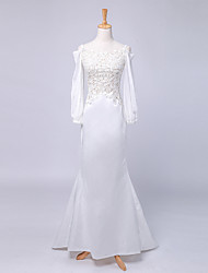 Trumpet / Mermaid Wedding Dress Court Train Bateau Chiffon / Lace / Satin with Lace