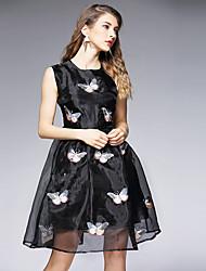 Damen Hülle Kleid-Ausgehen / Übergröße Retro Stickerei Rundhalsausschnitt Übers Knie Ärmellos Rosa / Weiß / Schwarz PolyesterSommer /