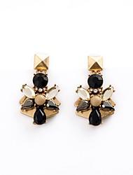 European Luxury Gem Geometric Earrrings Leaf Shape Drop Earrings for Women Fashion Jewelry Best Gift