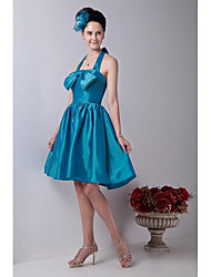 Knee-length Taffeta Beautiful Back Bridesmaid Dress - A-line Halter with Bow(s)